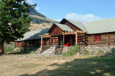 The OTO Ranch lodge